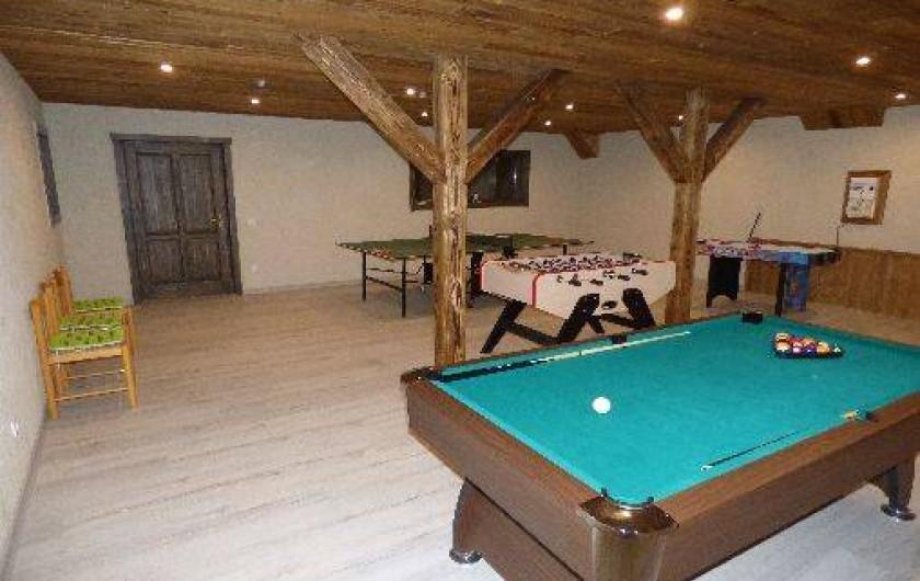 Location de vacances - Chalet à Les Orres - salle de jeux commune aux trois chalet mais indépendante