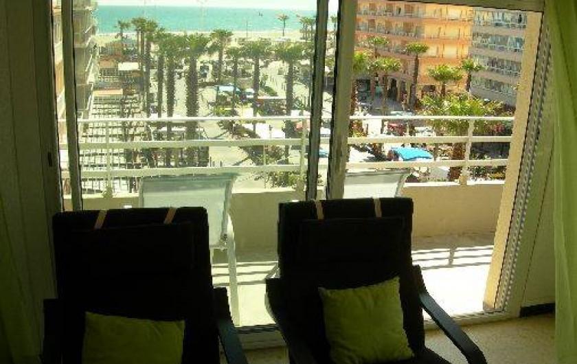 Location de vacances - Appartement à Canet-en-Roussillon - Vue sur la Mer