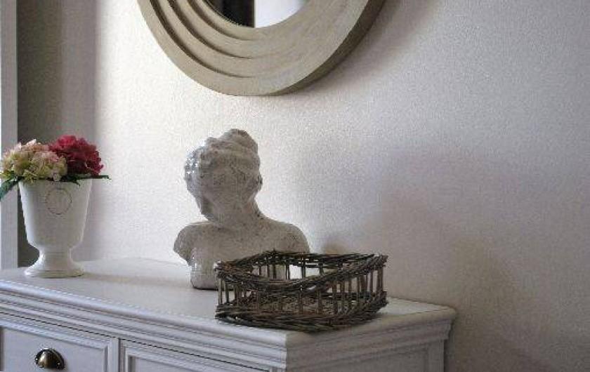 Location de vacances - Gîte à Sarlat-la-Canéda - La décoration de la chambre