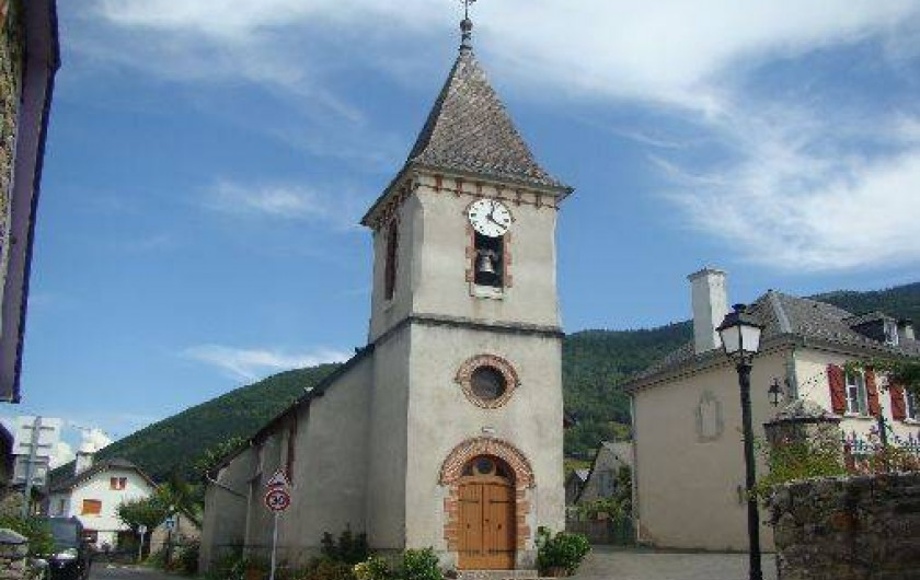 Location de vacances - Gîte à Bun - L'église du village, cloches du 17eme, autel bois doré du 16eme
