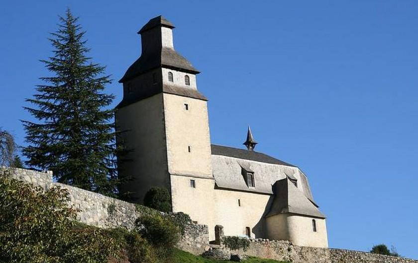 Location de vacances - Gîte à Bun - Église d'Arras en Lavedan village voisin