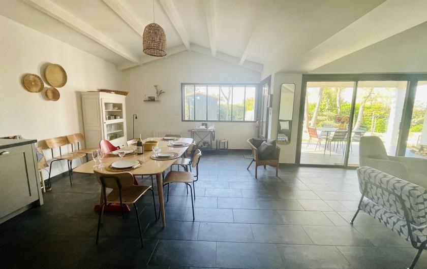 Location de vacances - Villa à La Brée-les-Bains - Salle à manger