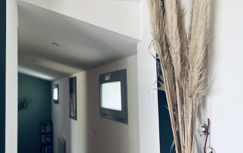 Location de vacances - Villa à La Brée-les-Bains - couloir chambres et toilettes