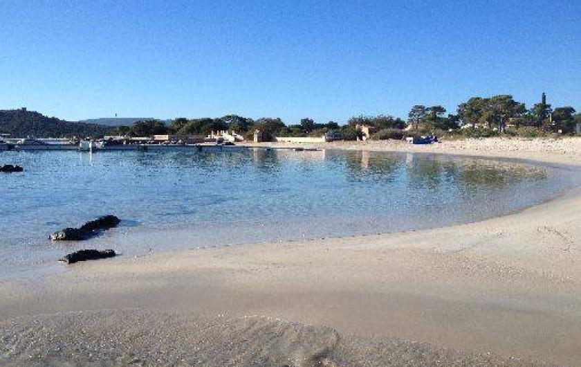 Location de vacances - Villa à Porto-Vecchio - PLAGE DE SAINT CYPRIEN À 6 KM