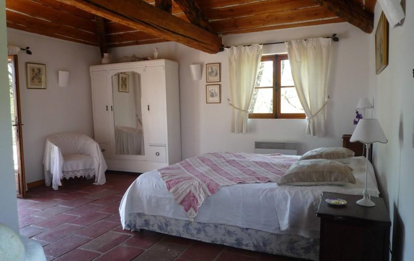 Location de vacances - Chambre d'hôtes à Montauroux - Chambre Autan
