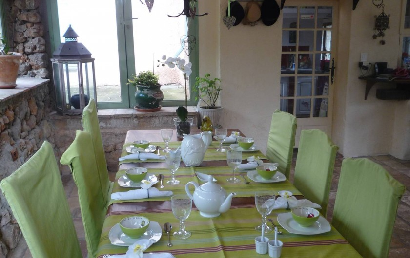 Location de vacances - Chambre d'hôtes à Montauroux - Salle à manger