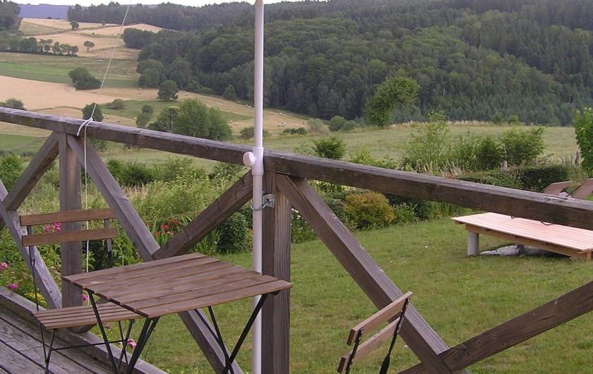 Location de vacances - Gîte à Champagnac-le-Vieux - Balcon