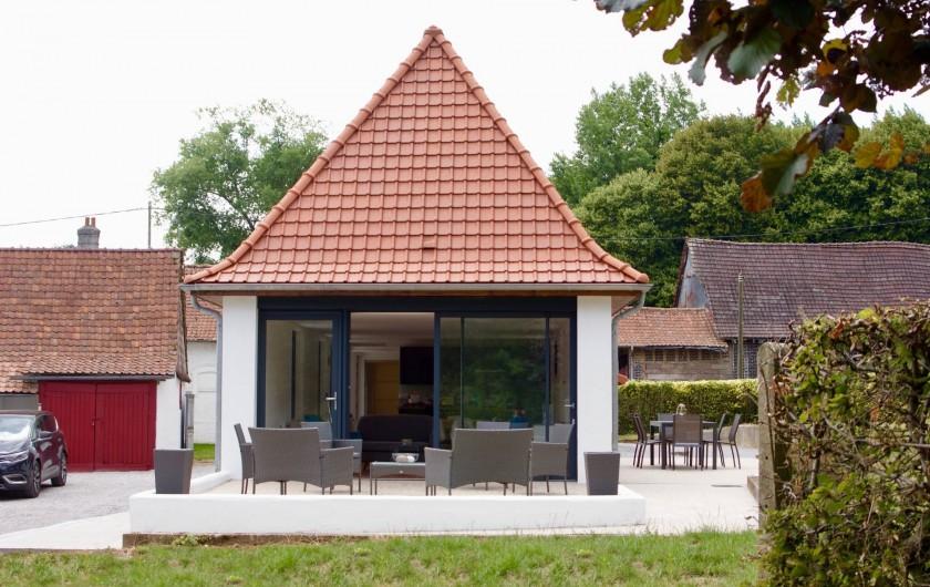 Location de vacances - Maison - Villa à Azincourt - Vue de la terrasse du côté salon