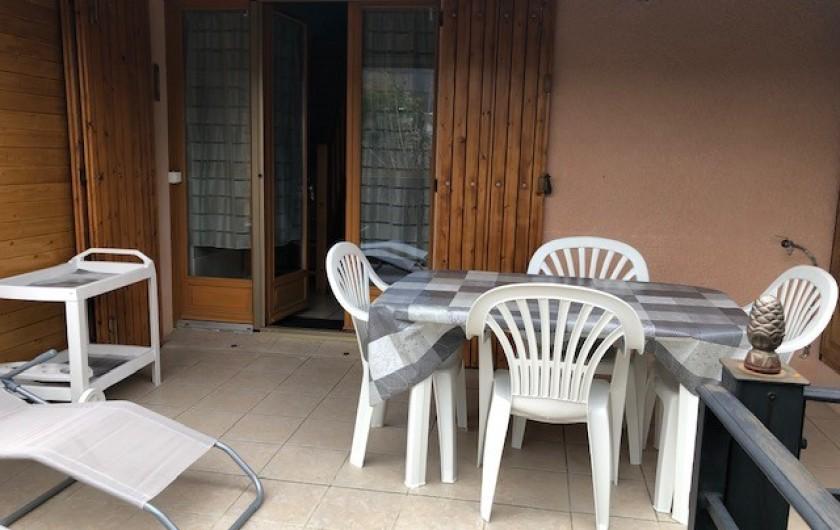 Location de vacances - Maison - Villa à Saint-Martin-de-Brômes - Terrasse