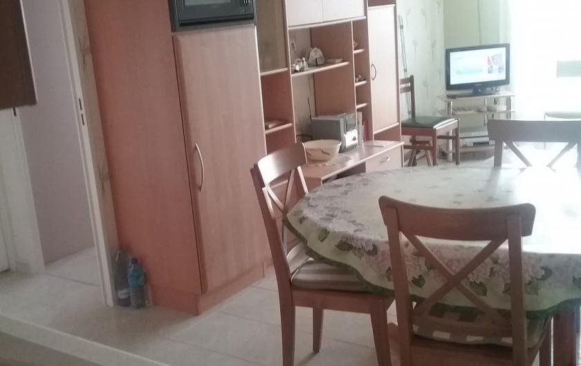 Location de vacances - Appartement à Courseulles-sur-Mer - coin séjour