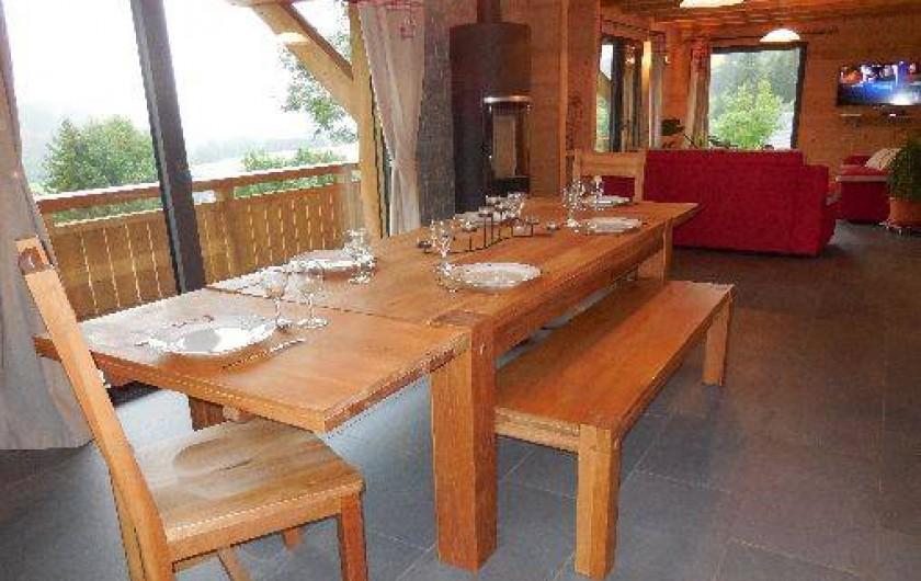 Location de vacances - Chalet à La Chapelle-d'Abondance - séjour et salon