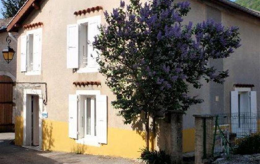 Location de vacances - Maison - Villa à Saint-Agnan-en-Vercors - Vue extérieure de la maison