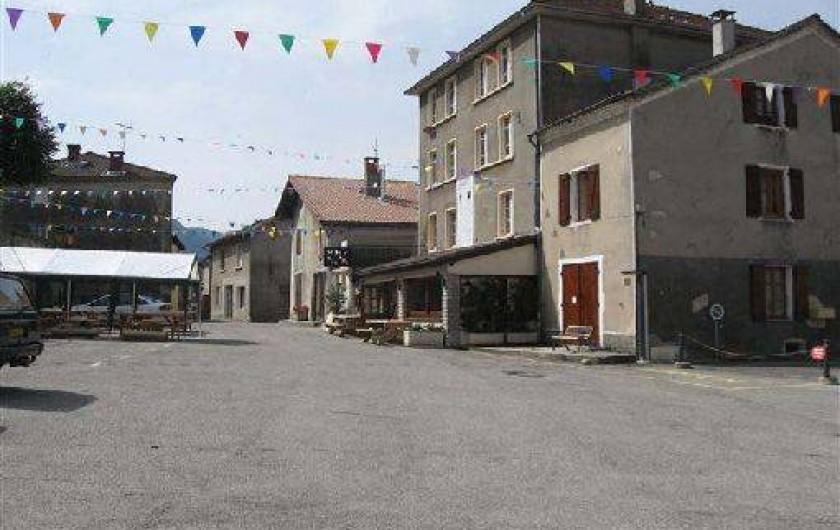 Location de vacances - Maison - Villa à Saint-Agnan-en-Vercors - L'intérieur du village