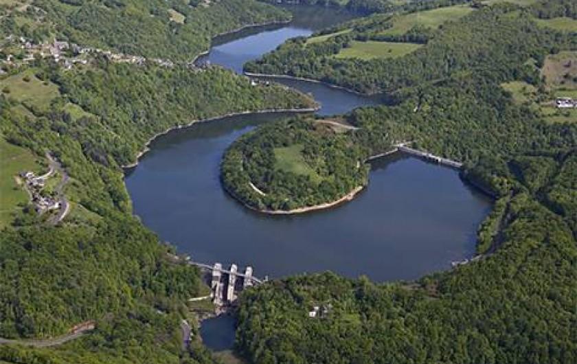 Location de vacances - Gîte à Lassouts - Barrage de Castelneau Lassouts