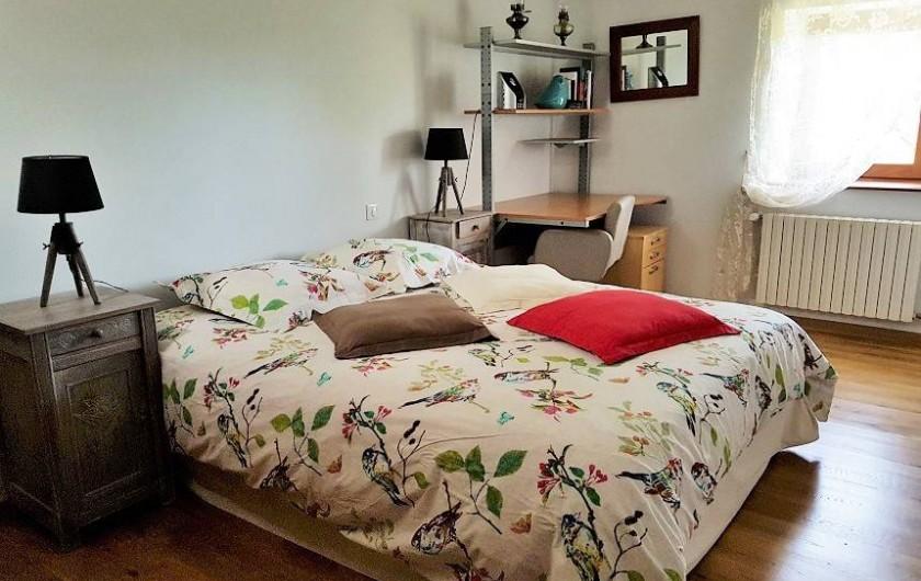 Location de vacances - Gîte à Lassouts - Chambre principale  lit 160