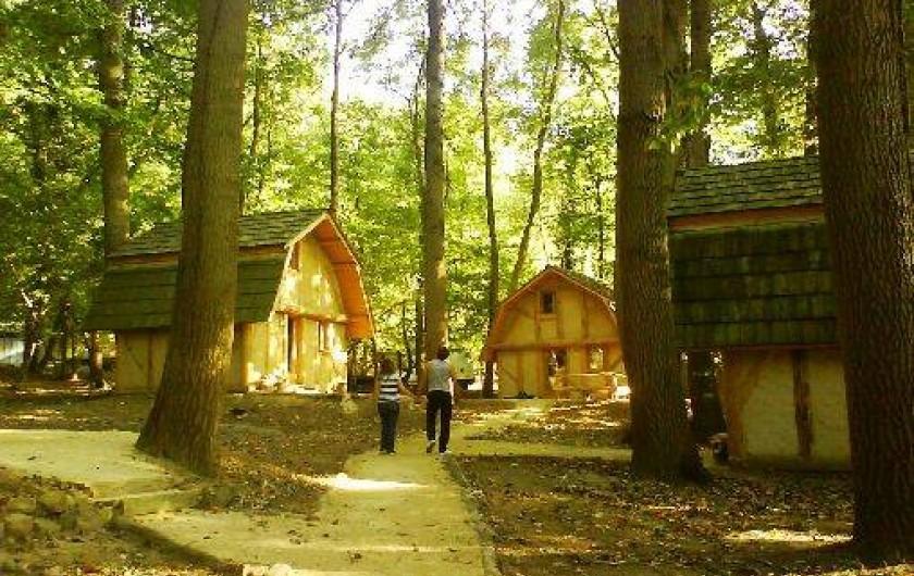 Location de vacances - Gîte à Crisolles - Dans un parc forestier