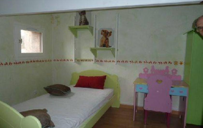 Location de vacances - Villa à Saint-Cézaire-sur-Siagne - Chambre 2- 1er lit de 90
