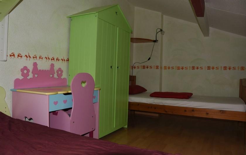 Location de vacances - Villa à Saint-Cézaire-sur-Siagne - Chambre 2- 2 ème lit de 90