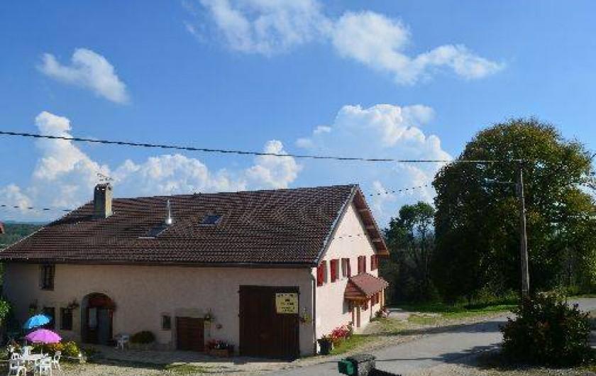 Location de vacances - Chambre d'hôtes à Charézier - L' auberge du tilleul
