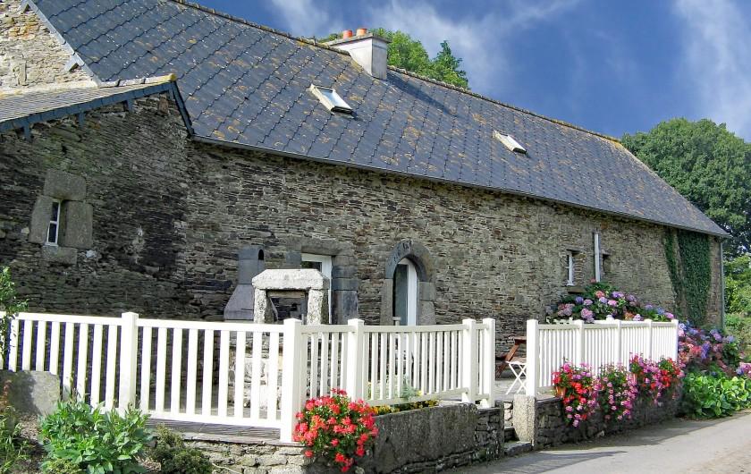 Location de vacances - Gîte à Saint-Igeaux - spa dans local