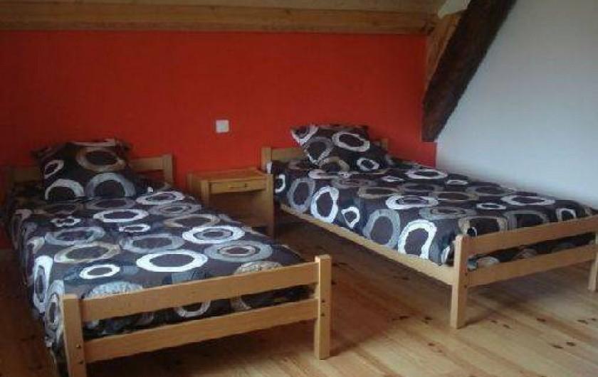 Location de vacances - Maison - Villa à Astugue - Chambre étage lit double 90