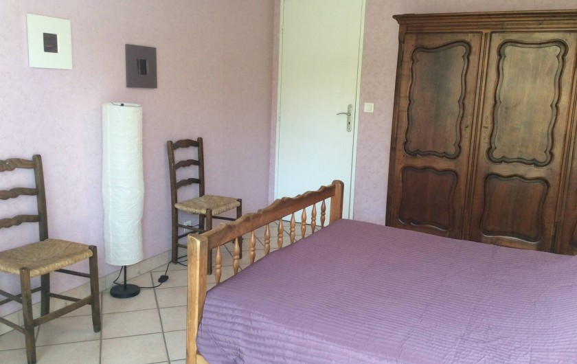 Location de vacances - Appartement à Juan les Pins - chambre parentale