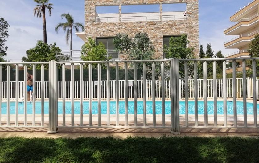 Location de vacances - Appartement à Juan les Pins - la piscine