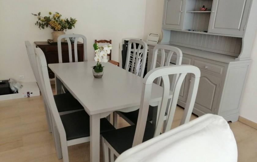 Location de vacances - Appartement à Juan les Pins - salle à manger