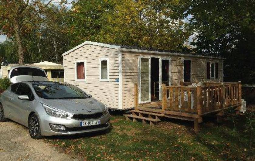 Location de vacances - Camping à Onzain - emplacement au calme, ni trop loin - ni trop près de la place du village