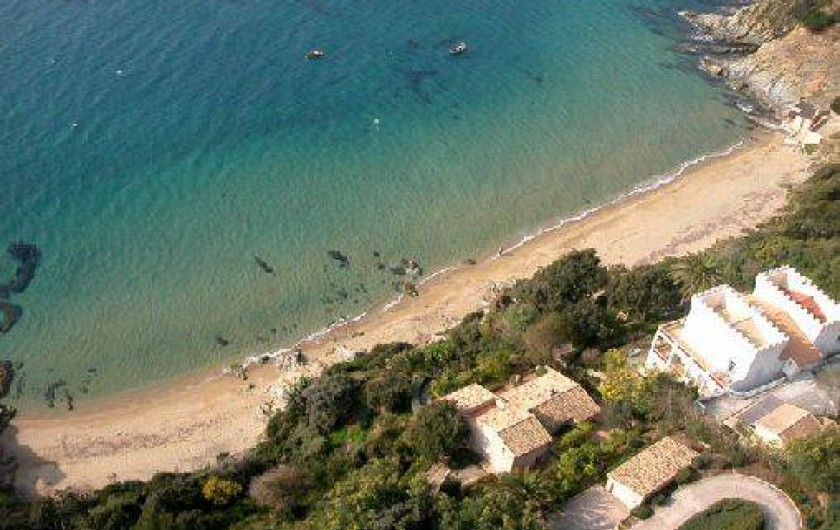 Location de vacances - Mas à La Croix-Valmer - Plage de Sylvabelle
