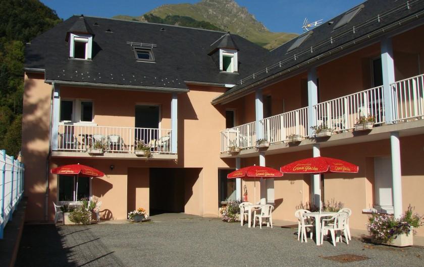 Location de vacances - Appartement à Guchen - Vue extérieure sur les 9 appartements