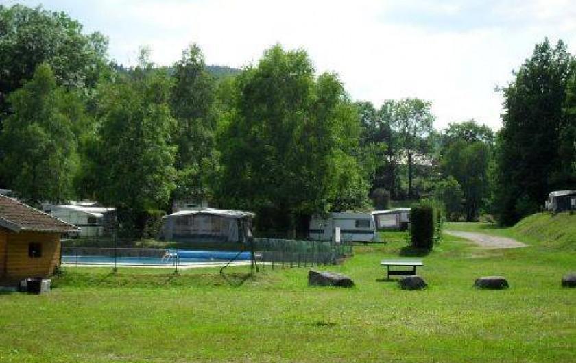 Location de vacances dans un camping avec piscine for Camping lorraine avec piscine