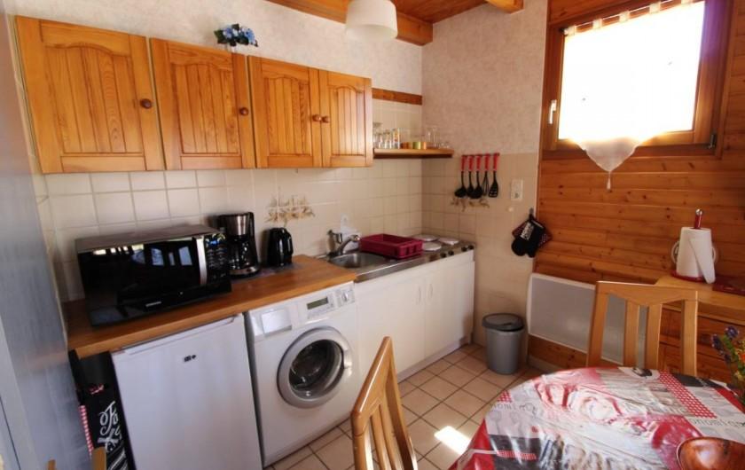 Location de vacances - Gîte à Allarmont - coin cuisine du gîte.