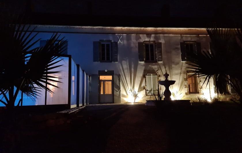 Location de vacances - Gîte à Bournezeau - Façade de maison
