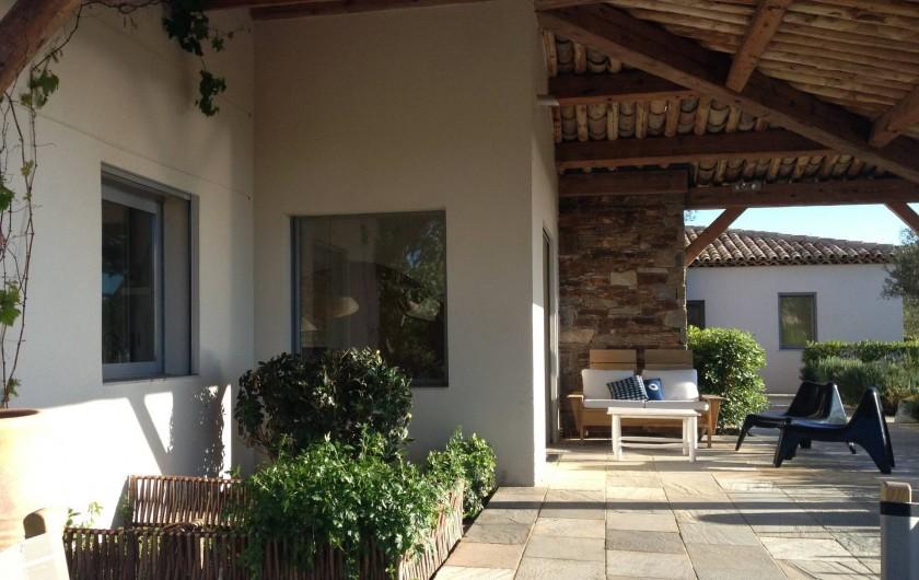 Location de vacances - Villa à Sainte-Maxime - terrasse et potager