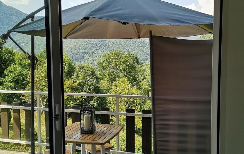 Location de vacances - Villa à Séchilienne - passage sur le balcon