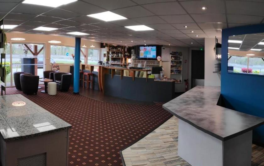 Location de vacances - Chambre d'hôtes à Foix - SALLE PETIT DÉJEUNER ET ACCUEIL