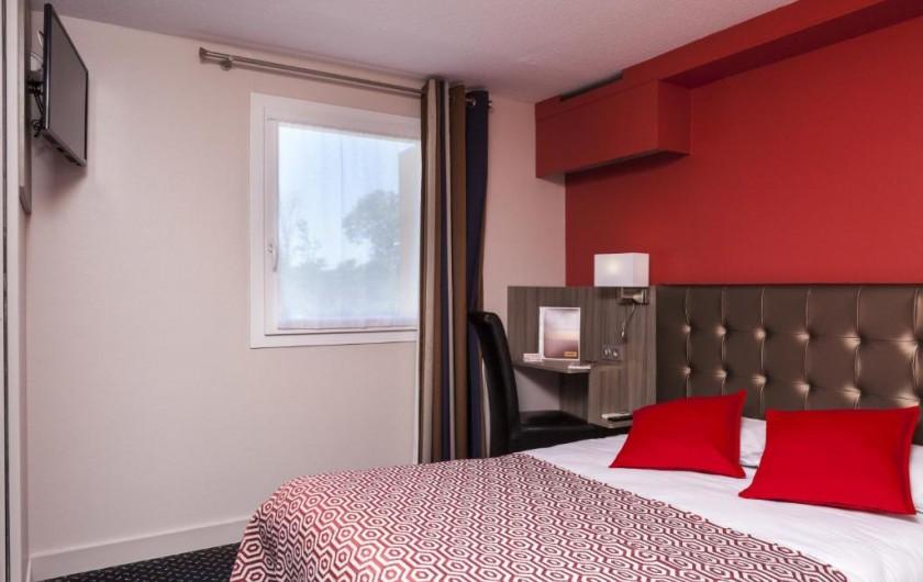 Location de vacances - Chambre d'hôtes à Foix - CHAMBRE DOUBLE STANDARD (1 grand lit à 140)