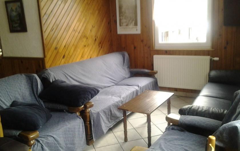 Location de vacances - Maison - Villa à Ban-sur-Meurthe-Clefcy - Salon écran plat, lecteur DVD