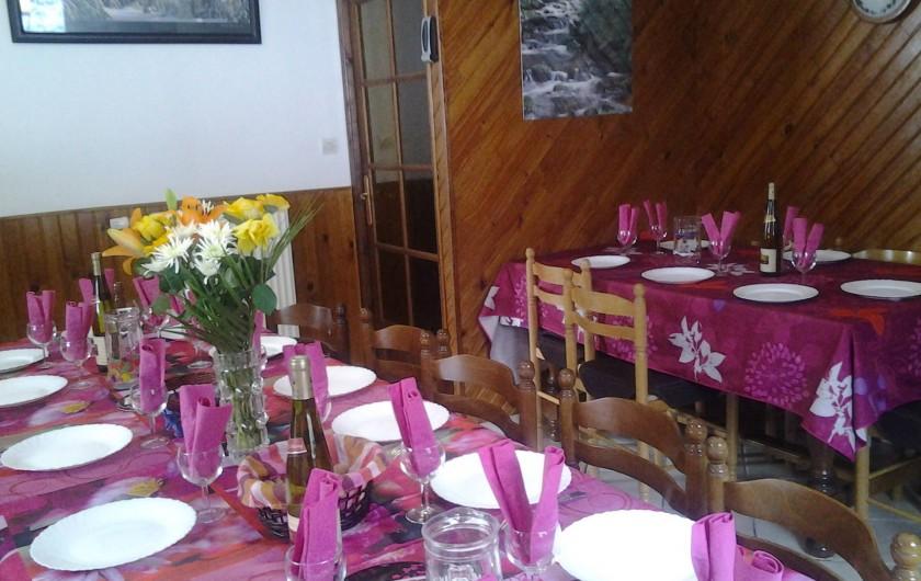 Location de vacances - Maison - Villa à Ban-sur-Meurthe-Clefcy - Grande salle à manger pour 22 personnes