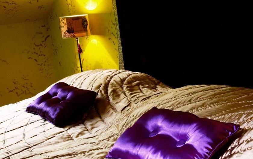 Location de vacances - Chambre d'hôtes à Saint-Priest-Bramefant - Les milles et une nuits