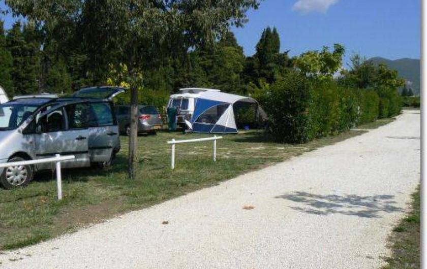 Location de vacances - Camping à Saint-Pantaléon-les-Vignes