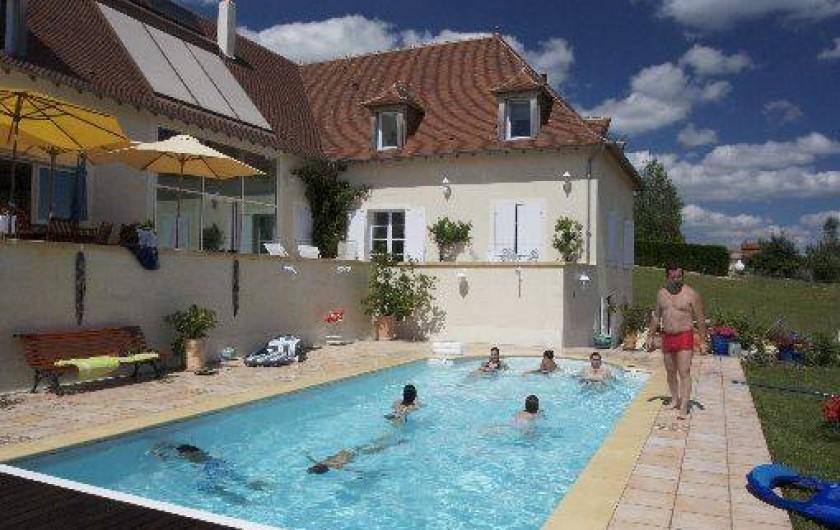 Location de vacances - Chambre d'hôtes à Saint-Raphaël - piscine