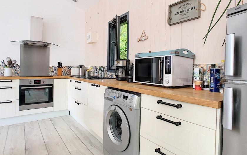 Location de vacances - Villa à Barbâtre - cuisine aménagée et équipée