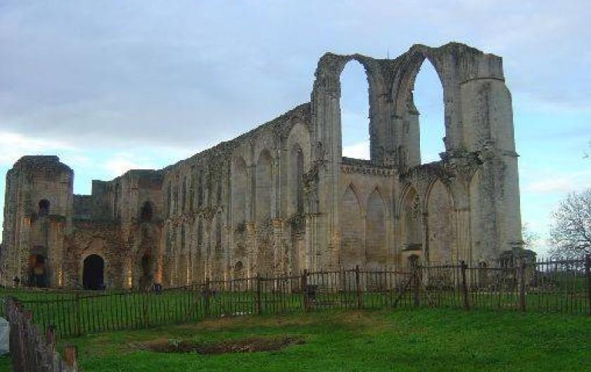 Location de vacances - Gîte à Bouillé-Courdault - Abbaye de Maillezais