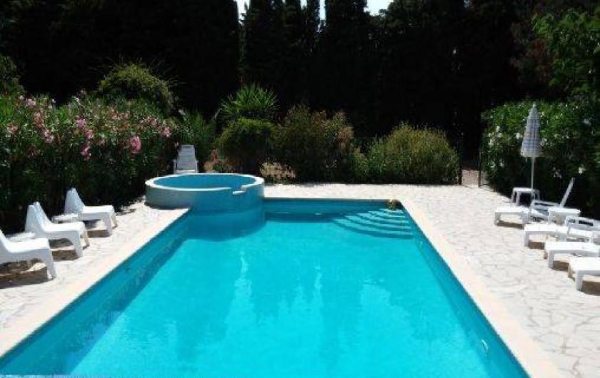 Location de vacances - Chambre d'hôtes à Camélas - Piscine 10 x 5m + bassin enfants