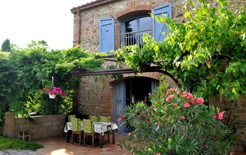 Location de vacances - Chambre d'hôtes à Camélas - Terrasse Gite 10 personnes