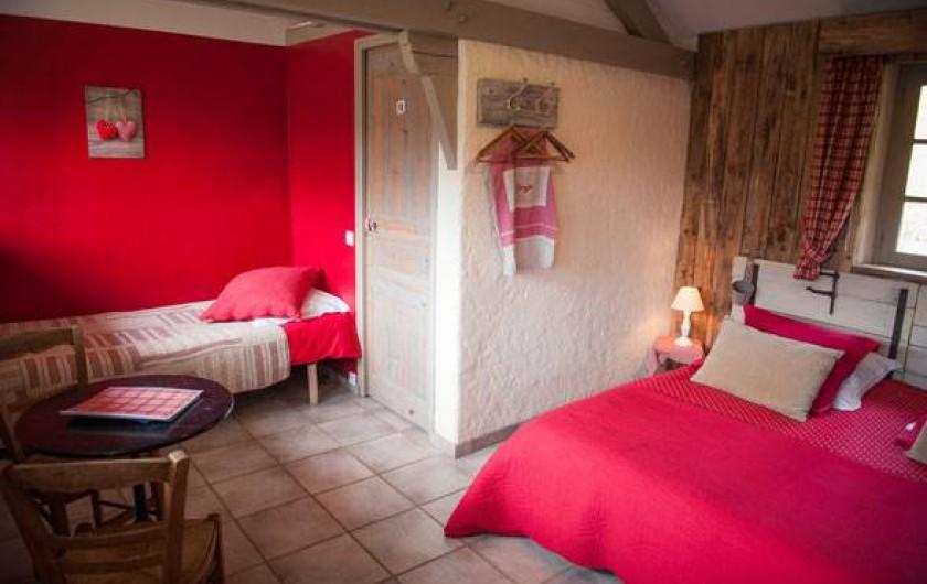 Location de vacances - Chambre d'hôtes à Tour-de-Faure - Chambre triple
