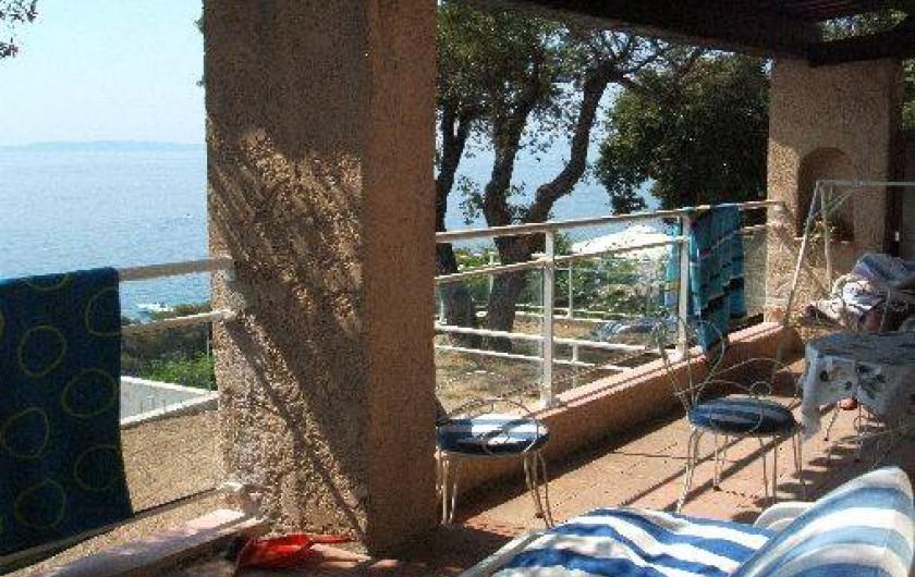 Location de vacances - Appartement à Rayol-Canadel-sur-Mer