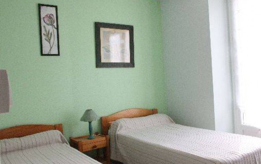 Location de vacances - Gîte à Bénodet - L chambre avec 2 lits